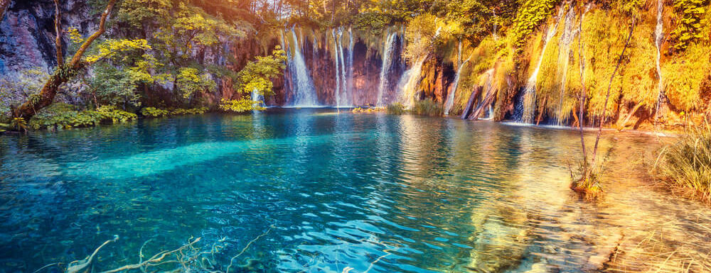 4 Amazing Travel Hot Spots to Visit